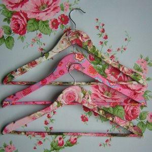 clotheshangers